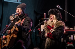 Walk Off The Earth's Sarah Blackwood and Ryan Marshall